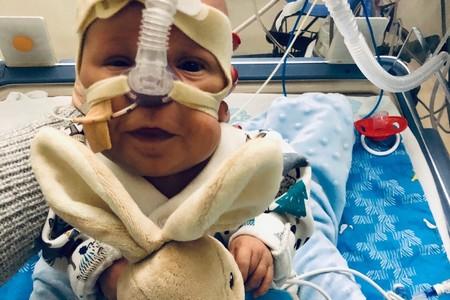 Nació con 23 semanas y 700 gramos, y a pesar de muchísimas complicaciones, logró salir adelante