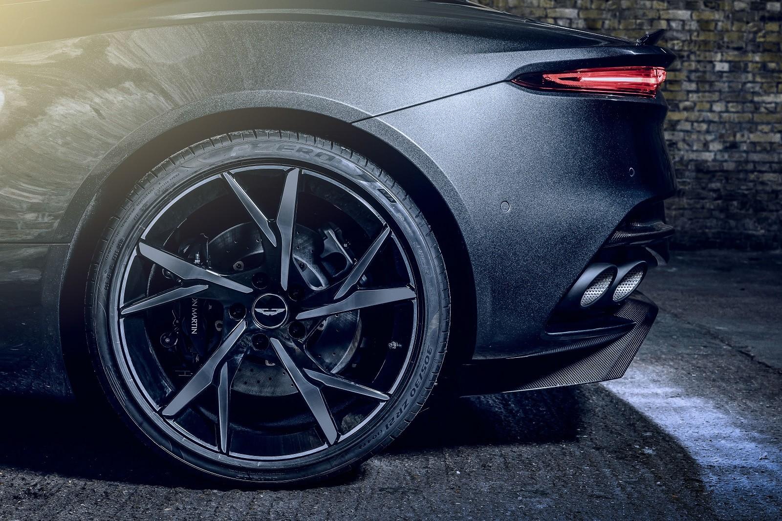 Foto de Aston Martin Vantage y DBS Superleggera 007 Edition (37/39)