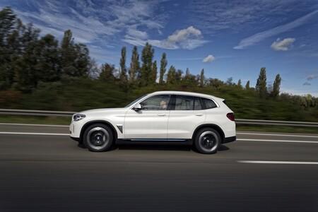 BMW iX3 Prueba en carretera