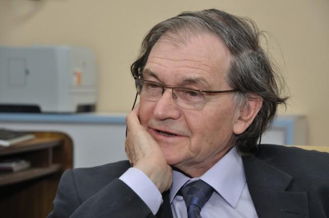 Roger Penrose 9530