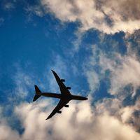 Indemnizaciones por demoras de vuelos en México siguen adelante, Suprema Corte confirmó la Ley de Aviación Civil