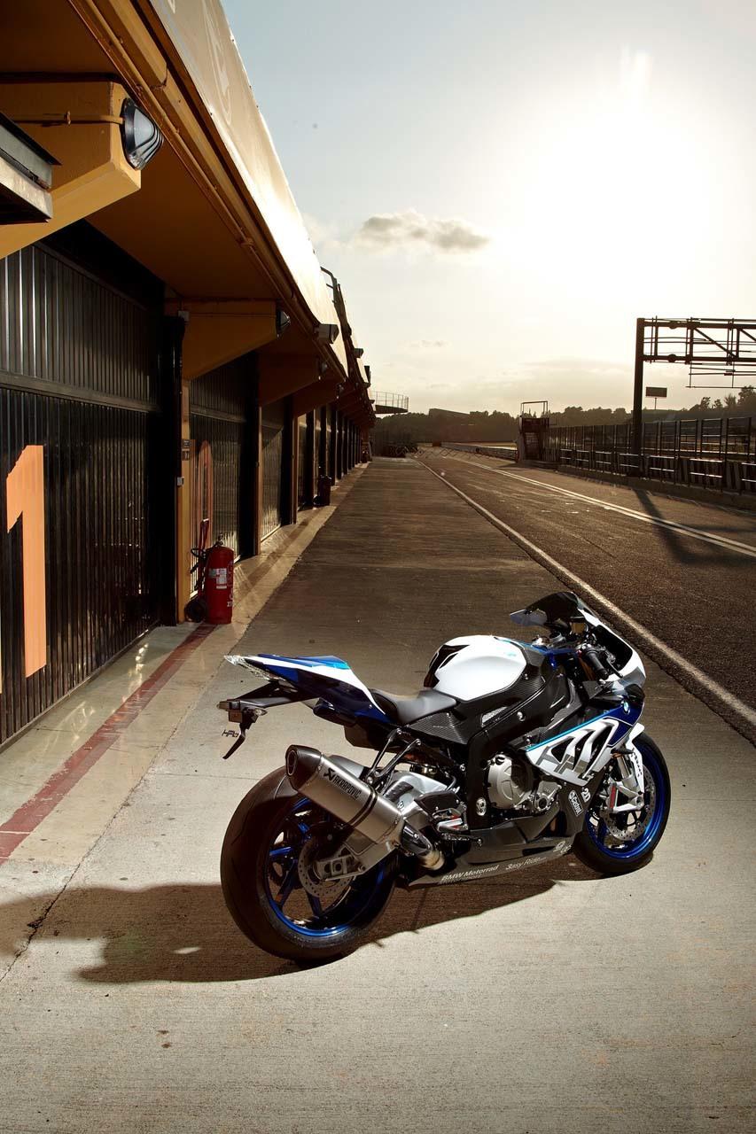 Foto de BMW HP4, nueva mega-galería y vídeo en acción en Jerez (67/155)