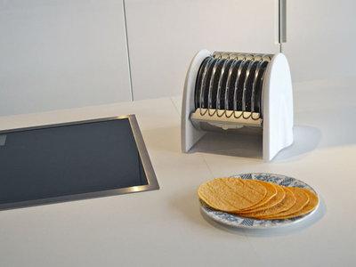 Nuni Toaster, este calentador de tortillas podría jubilar a los comales