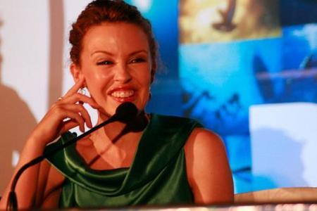 Kylie Minogue es un ama de casa gorda y poco sexy