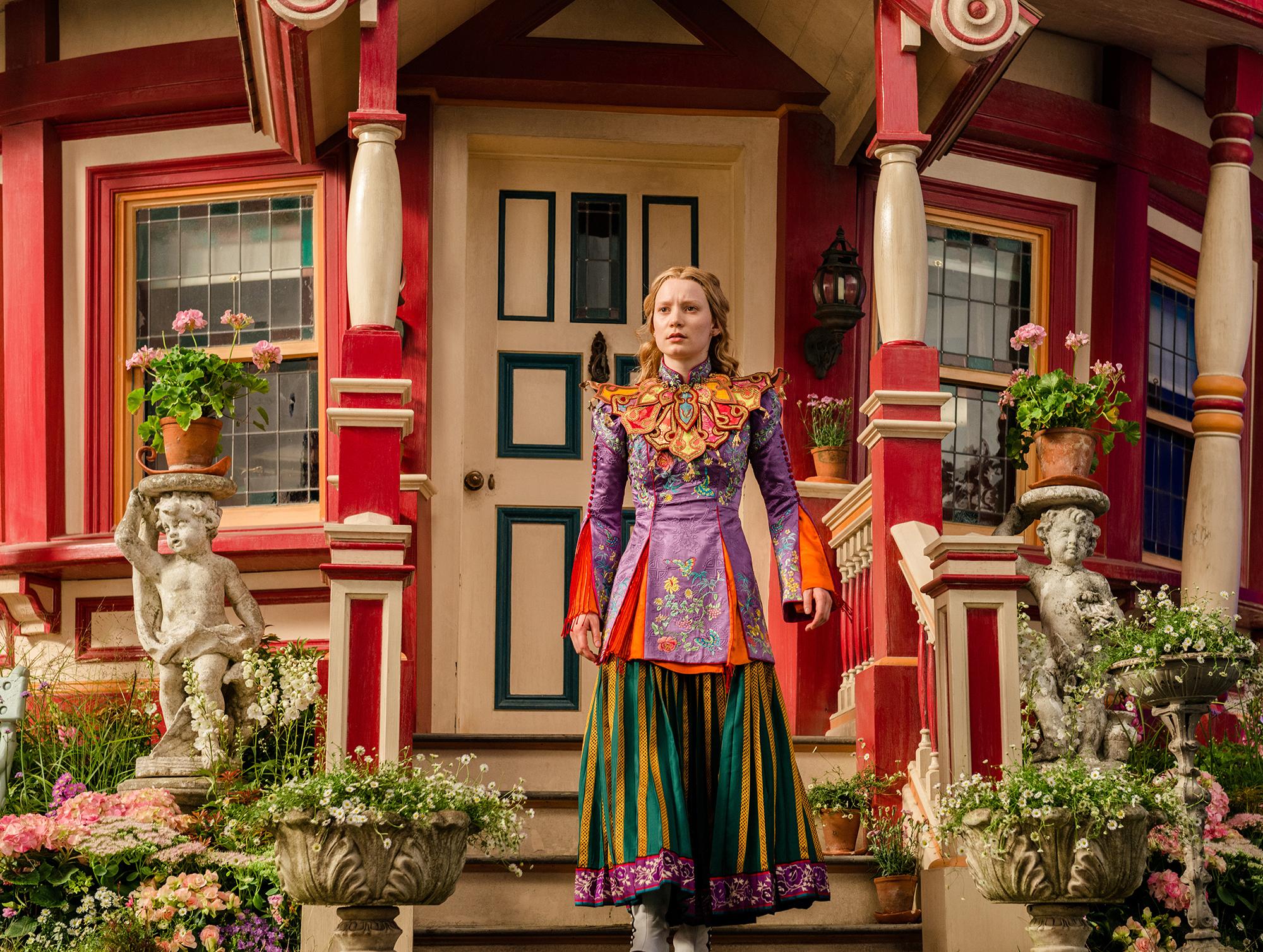 Foto de Vestuario película 'Alicia a través del espejo' (5/13)