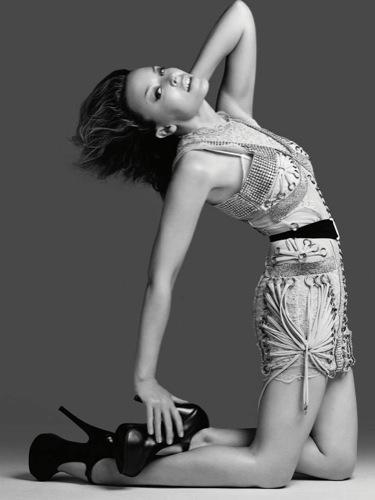 Foto de Las 28 mujeres que crean estilo: desde Mary-Kate y Ashley Olsen hasta Blake Lively para Another Magazine (18/26)