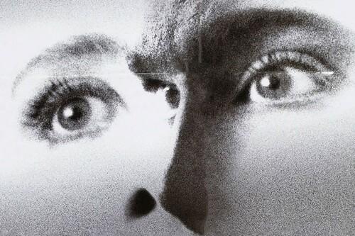 'Morir todavía': el thriller de Kenneth Branagh sobrevive al paso de los años como un genial disparate