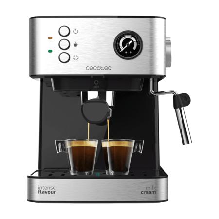 Alerta, descuento: Aldi baja el precio de esta cafetera express a 64,99€