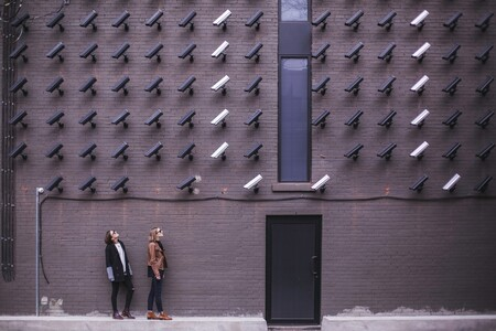 El Parlamento Europeo contra el reconocimiento facial: pide que se prohiba su uso en espacios públicos de los países miembros