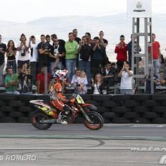 Foto 37 de 63 de la galería albaida-despide-el-campeonato-de-espana-de-supermotard-2011 en Motorpasion Moto
