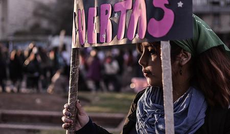 """No, la encuesta del Reina Sofía no dice que un cuarto de los jóvenes """"justifique"""" la violencia machista"""
