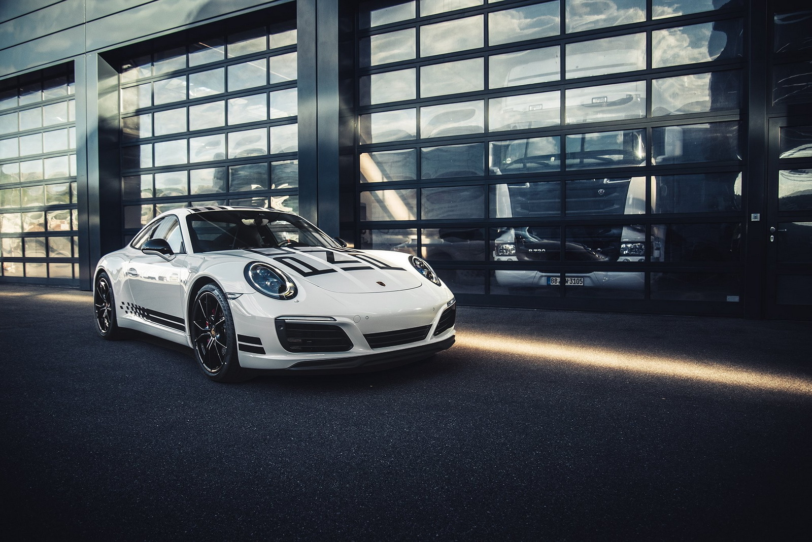Foto de Porsche 911 Carrera S Endurance Racing Edition (3/10)