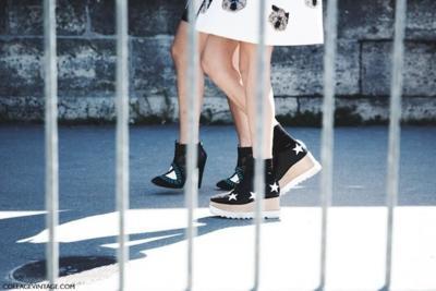 Los llamativos zapatos de Stella McCartney triunfan (una vez más) en la calle