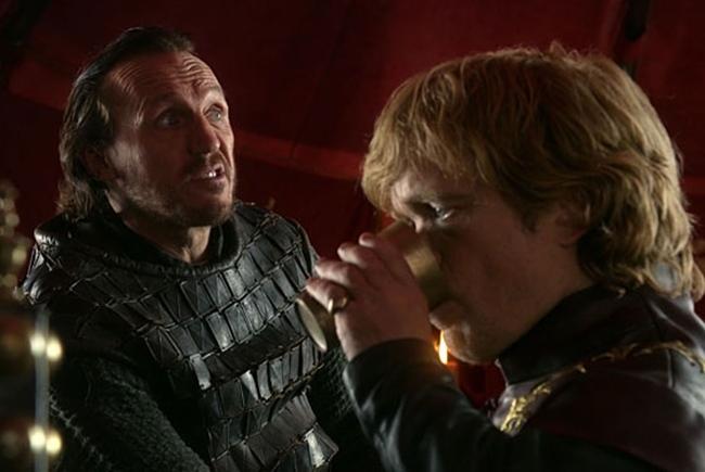 Tyrion bebiendo