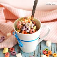 Cereal con malvaviscos en el microondas. Receta rápida