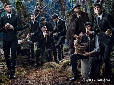 La campaña de Dolce & Gabbana y sus trajes para este otoño-invierno