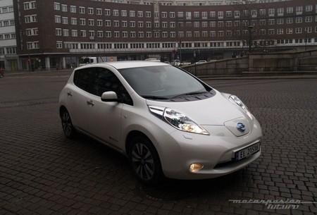 Nissan LEAF 2013 presentación en Oslo 07