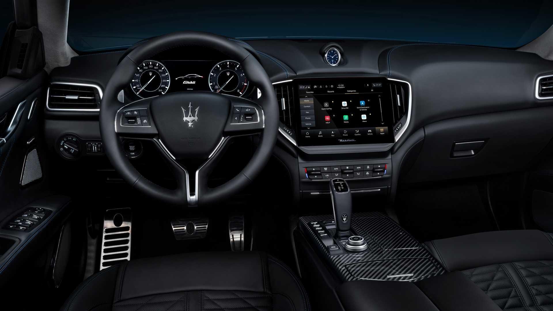 Foto de Maserati Ghibli Hybrid 2020 (6/26)