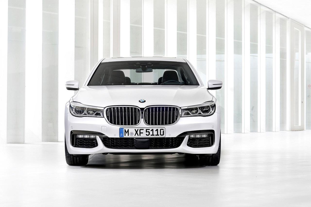 Foto de Nuevo BMW Serie 7 con paquete M (11/12)