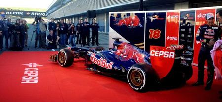 Toro Rosso presenta el STR8