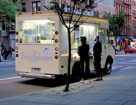 Nueva York: los carritos de comida callejera, un clásico en peligro