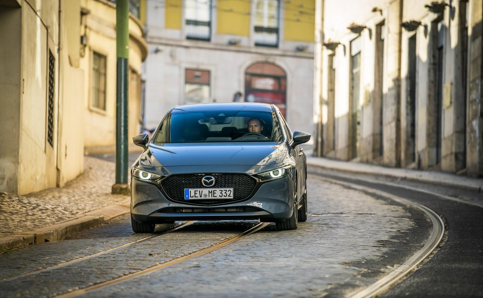 Foto de Mazda3 2019 (26/128)
