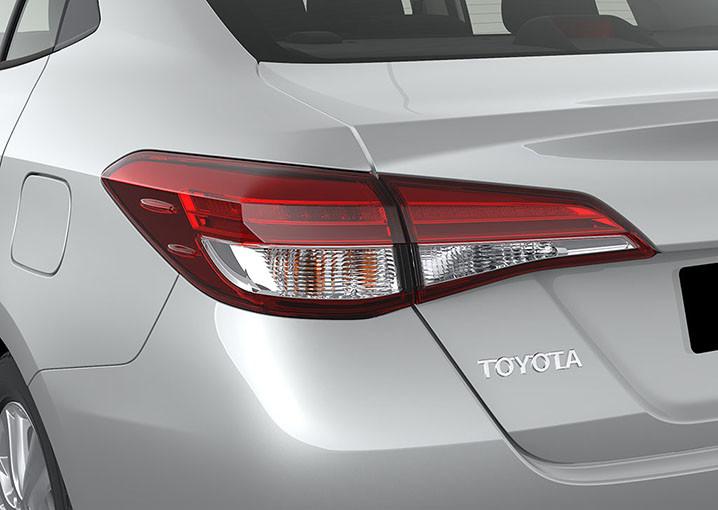 Foto de Toyota Yaris Sedán 2018 (8/14)