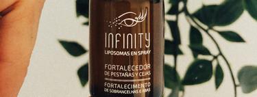 Probamos Infinity, el spray fortalecedor de cejas y pestañas que evita la sequedad del área de contorno de ojos (y venden en Amazon)
