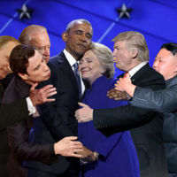 Así fue troleado sin piedad el histórico abrazo entre Barack Obama y Hillary Clinton