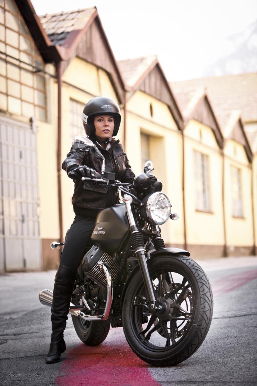 Foto de Moto Guzzi V7 Stone (26/57)