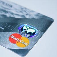 Mastercard se suma a la ola de las criptomonedas: integrará algunas de ellas en su red de pagos