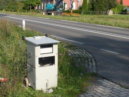 Ahora los radares se disfrazan de cubos de basura