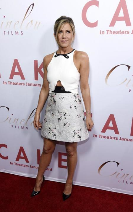 Jennifer Aniston Premiere Cake Los Angeles Giambattista Valli
