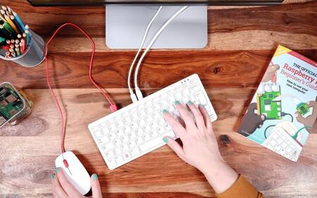 El Raspberry Pi 400 no es un simple teclado: hay un ordenador completo dentro de él