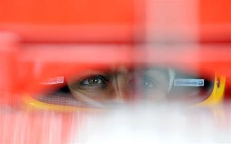 """Fernando Alonso: """"Con una buena salida podré meterme entre Vettel y Rosberg"""""""