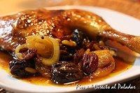 Receta de pollo ras-el-hanout al horno con mango y ciruelas