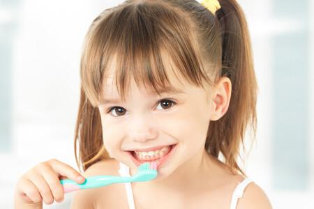 No quiere lavarse los dientes: cómo conseguir que los niños se cepillen todos los días