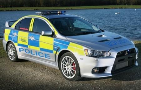 Mitsubishi Lancer EVO X para la policía inglesa
