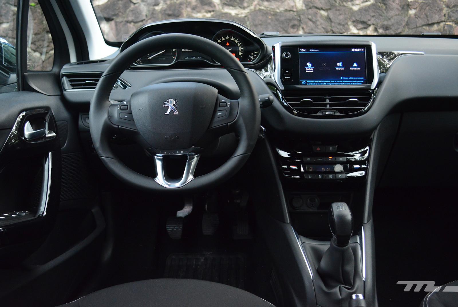 Foto de Peugeot 208 Puretech (12/17)