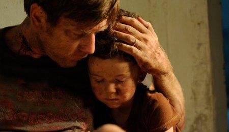Ewan McGregor en una escena de Lo Imposible