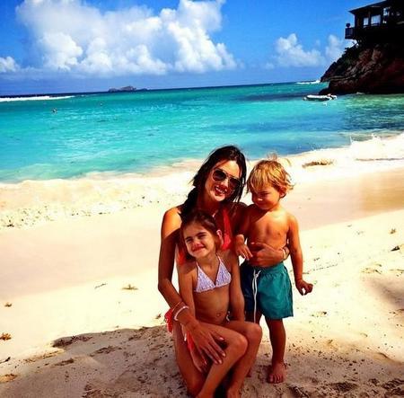 Familia Alessandra Ambrosio