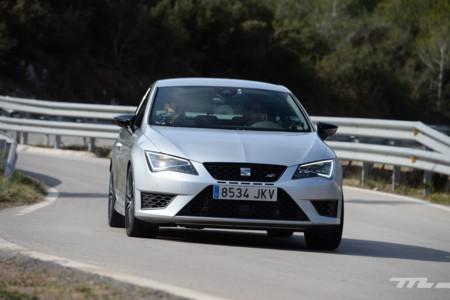 Así va el SEAT León Cupra 290, la versión deportiva que merece el compacto más vendido