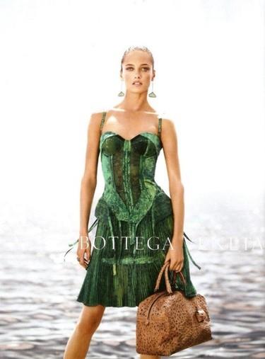 Bottega Veneta Campaña Primavera-Verano 2012: un vestido, una ilusión