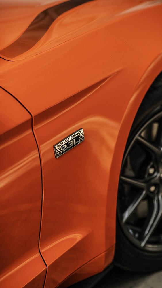 Foto de Mustang 2.3L High Performance Package (10/21)