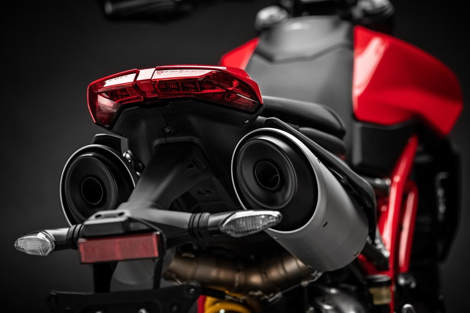 Foto de Ducati Hypermotard 950 2019 (58/76)