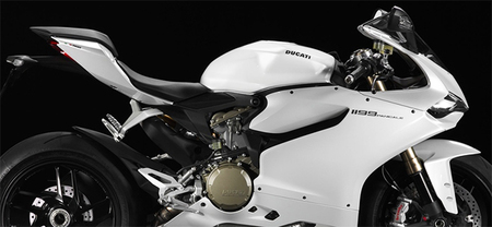 Ducati 1199 Panigale blanco