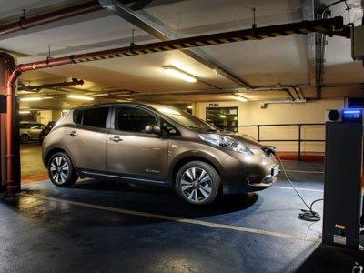 Será en el 2020 cuando haya más electrolineras que gasolineras en Reino Unido según Nissan