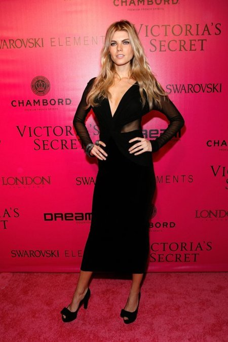 Maryna Linchuk Victorias Secret fiesta