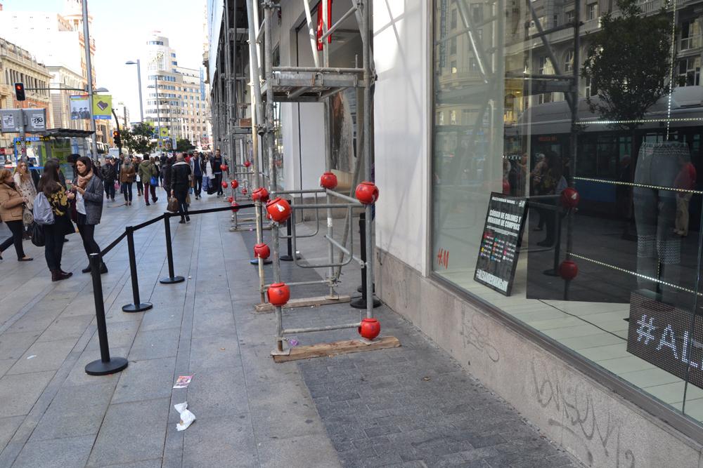 Foto de Alexander Wang x H&M, la colección llega a tienda (Madrid, Gran Vía) (26/27)