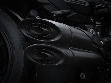Triumph Rocket 3 R Black 2021 017